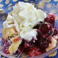 A true cobbler recipe with a scone-like topping, made with fresh cherries, and perfect served warm with vanilla ice cream. You can use fresh cherries when in season, or frozen cherries if you have them. Cherry Recipes, My Recipes, Favorite Recipes, Dishes Recipes, Popular Recipes, Summer Recipes, Recipies, Bing Cherries, Frozen Cherries