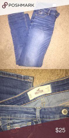 Hollister skinny jeans size 5R Size 5 regular Hollister skinny jeans. No obvious signs of wear. Great condition! Hollister Jeans Skinny