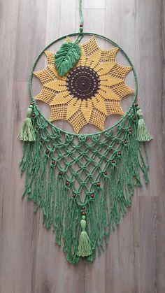 Crochet Dreamcatcher Pattern, Crochet Mandala Pattern, Macrame Patterns, Crochet Doilies, Crochet Patterns, Dream Catcher Decor, Dream Catcher Boho, Crochet Sunflower, Sunflower Pattern