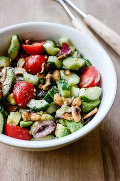 Salat med avocado og cashew