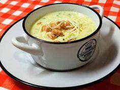 Zöldséges- mascarponés fokhagyma krémleves Soup Recipes, Vegan Recipes, Vegan Food, Lavender Kitchen, Tea Cups, Curry, Fresh, Cooking, Tableware