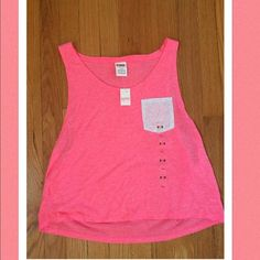 VS PINK Coral Pocket Tank NWT! This ADORABLE coral pocket tank will keep you cool in the summer!  Pair this GORGEOUS tank with one our BEAUTIFUL bandeaus! PINK Victoria's Secret Tops Tank Tops