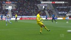 Finding the man Football Analysis, Soccer, Sports, Augsburg, Hs Sports, Futbol, European Football, European Soccer, Football