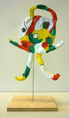 10 Awesome Joan Miro Projects for Kids Recycled Art Projects, Projects For Kids, Joan Miro, 3rd Grade Art, Sculpture Projects, Art Curriculum, Found Object Art, Art And Technology, Art Classroom