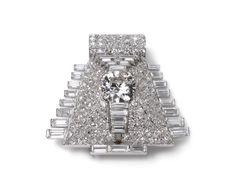 Broche de clip Pirámide. Propiedad Cartier