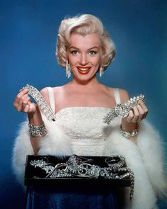 Marilyn Monroe Photographed by John Florea for a publicity photo got How to Marry a Millionaire, 1953.
