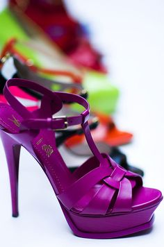The colour so rocks! * Shoeinspiration * The Inner Interiorista