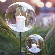 Swoon! 18Karat's FLAMMA votive stakes are now in stock! Imagine them lining your garden path or clustered around your outdoor living space or balcony. Yes, we are dreaming of spring and summer.