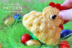 Crochet Chick Pattern.  Great gift for Easter. Its cute.