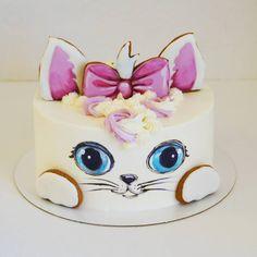 38 Ideas cake fondant girl birthday for 2019 Fondant Girl, Fondant Cakes, Bolo Artificial, Macaroon Cake, Animal Cakes, Gateaux Cake, Just Cakes, Little Cakes, Birthday Cake Girls