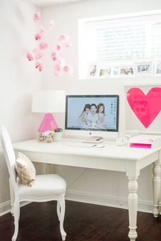 pink and white study space!