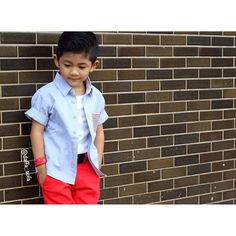 As always before go to mall , daddy take a photo of me #daffasofa
