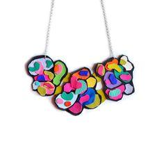 Collar babero mod del arco iris, formas de fideos círculo colorido psicodélico, Pop Art Jewelry