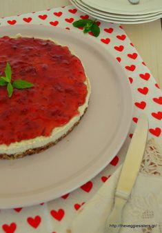 For the recipe in English click here Το cheesecake είναι ένα από τα αγαπημένα μου γλυκά. Καιρό τώρα ήθελα να φτιάξω μια υγιεινή εκδοχή του. Και ιδού, σας την παρουσιάζω σήμερα: η βάση αντί για μπισ…