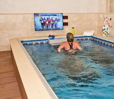 Running on an Underwater Treadmill