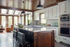 Custom kitchen by CIRCLE Design Studio