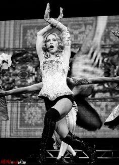 Vogue Madonna, Madonna Now, Mtv, Divas Pop, Mixed People, Madonna Pictures, Crotch Shots, Michigan, Still Love Her