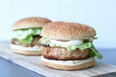 Zelf gezonde Mc Chickens maken, Recept voor kipburgers, Zelf Mc Donalds maken, Gezonde burger recepten, Glutenvrije hamburgers maken, Glutenvrije hamburgers van Schar, Gezonde foodblogs, Glutenvrije foodblogs, Recepten Beaufood, Healthy Mc Chicken, Healthy Chicken burgers, Glutenfree chicken burgers