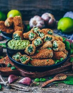 vegane kroketten mit spinat glutenfrei gesund rezept vegan croquettes with spinach gluten free healthy recipe Healthy Vegan Snacks, Healthy Gluten Free Recipes, Vegan Gluten Free, Vegetarian Recipes, Healthy Eating, Spinach Recipes, Bean Recipes, Easy Snacks, Sin Gluten