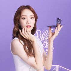 Holiday gift guide beauty-ful treats for the face and body Healthy Prawn Recipes, Healthy Food List, Healthy Eating For Kids, Kids Diet, Kids Play Kitchen, Play Kitchens, Lee Sung Kyung, Women's Fashion Leggings, Budget Template