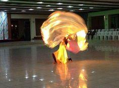 Banderas de fuego de Dios Praise Dance Wear, Worship Dance, Dance 4, Praise And Worship, Joy Art, Dance Clothing, Prophetic Art, King Jesus, Daughters Of The King