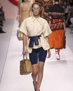 Bella Hadid walks the runway at the Fendi Ready to Wear fashion show during Milan Fashion Week Spring/Summer 2019 // Fendi Navy Bike Shorts, Cream Collard shirt, Black Pumps and Glasses. New Fashion Trends, Fashion Week, High Fashion, Fashion Show, Fashion Outfits, Womens Fashion, Milan Fashion, Feminine Fashion, Trending Fashion