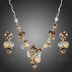 Sparking Baby Butterfly Pendant Necklace & Drop Earrings Set  #earrings #rings #necklace #fashion #khaista #womensfashion #dresses #jewelry #women