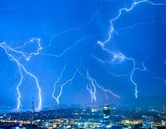 Now that's a thunderstorm1
