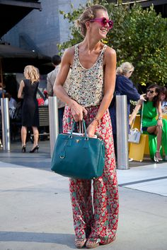 Love the pants... I want them in fleece... the purse rocks... The outfit as a whole? ehhh not so much.