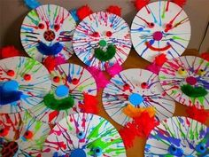 30 atividades com palhaços para o dia do Circo - Aluno On Preschool Art Projects, Preschool Themes, Projects For Kids, Crafts For Kids, Carnival Crafts, Carnival Masks, Imagination Art, Movement Activities, Winter Project