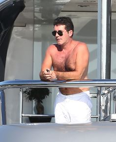 The latest news, photos and videos on Simon Cowell Shirtless Pictures is on POPSUGAR Celebrity. On POPSUGAR Celebrity you will find news, photos and videos on entertainment, celebrities and Simon Cowell Shirtless Pictures. Simon Cowell, Bold And The Beautiful, Reality Tv Shows, Young And The Restless, Days Of Our Lives, General Hospital, Celebs, Celebrities, Hairy Men