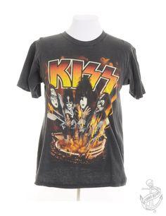 Vintage Clothing   Band T-shirt Black With Kiss Print