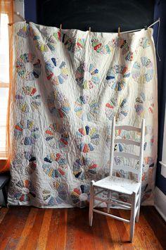 Dresden Plate Pattern Handmade Patchwork Quilt 1940s