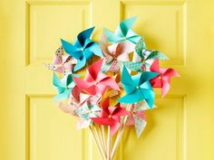 Welcome guests with these pretty crafts that take only minutes to make