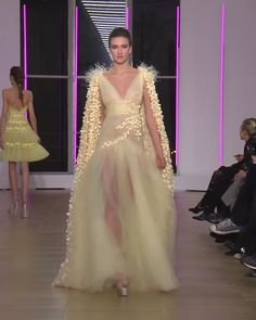 Beautiful Embellished Yellow Tulle A-Lane Evening Maxi Dress / Evening Gown with V-Neck Cut, Half Open Back and Long Sleeves. Runway Show by Georges Chakra Style Couture, Couture Fashion, Fashion Show, Georges Chakra, Designer Evening Gowns, Evening Dresses, Prom Dress Couture, Wedding Dress Bustle, Baby Girl Party Dresses