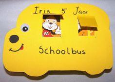 Traktatie Workshop heeft erg coole traktaties zoals deze leuke bus. Maar er is nog veel meer te kiezen!  http://www.traktatieworkshop.nl