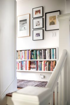 Give your small hallway a makeover with wall storage! Combine style and storage to elevate every area of your home. Small Closet Space, Small Space Storage, Small Closets, Small Spaces, California Closets, Small Closet Organization, Small Hallways, Up House, Wall Storage