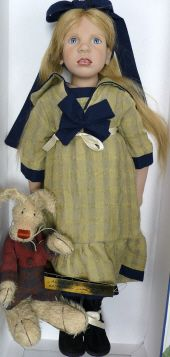 Alice in Wonderland #62  Zwergnase Art Doll