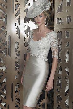 Veo a mi mami usando esto john charles mother of the bride 2015 - Google Search