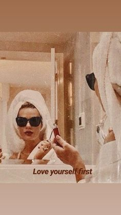 Chernyak - Neue Ideen- Best Picture For aesthetic wallpaper vintage For Your Taste Y Boujee Aesthetic, Bad Girl Aesthetic, Aesthetic Collage, Aesthetic Vintage, Aesthetic Photo, Aesthetic Pictures, Aesthetic Fashion, Bedroom Wall Collage, Photo Wall Collage