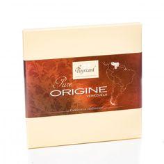 Tablette chocolat noir 65% cacao - Pure origine Vénézuela 100g - Une amertume prononcée marque ce Pure origine qui s'associe à merveille avec une belle puissance chocolatée. Des notes de châtaigne grillée, d'épices (réglisse, vanille) et de noix de Macadamia, donnent à ce grand chocolat une longueur en bouche remarquable. -  chocolaterieonline.com