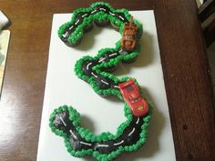 Sweet Mischief Ja Cake Ideas: Cupcake cakes