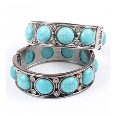 Vintage Turquoise & Diamante Hinged Cuff (19 CAD) ❤ liked on Polyvore featuring jewelry, bracelets, stylemoi, diamante jewelry, hinged bracelet, vintage jewellery, cuff bracelet and turquoise bangle