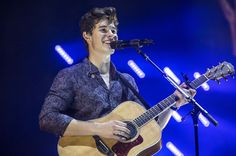 Shawn Mendes Rocks His Dream Stage at Sold-Out L.A. Staples Center Concert | Billboard