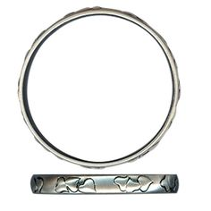 New from Danon Jewellery, this stunning silver bangle with a raised heart pattern is fabulous! Keep it simple with this understated silver plated bangle embossed with a raised hearts design.  This Danon silver bangle measures 0.9cm wide, with an inside diameter of 6.6cm.