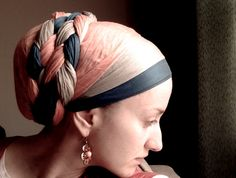 From Wrapunzel's Andrea Grinberg comes this beautiful double twist tichel wrap