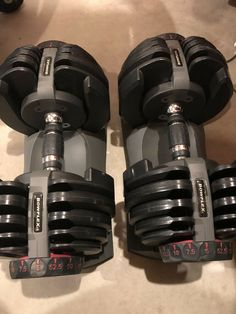 Bowflex SelectTech 552 Adjustable Dumbbell Set for sale online Best Adjustable Dumbbells, Adjustable Dumbbell Set, Adjustable Weights, Fitness Equipment, Gym Fitness, No Equipment Workout, Bowflex Dumbbells, Gym Machines, Gym Room