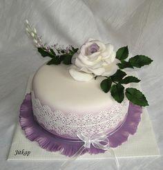 Růže A Krajka on Cake Central