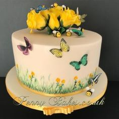 A place for people who love cake decorating. Butterfly Cakes, Butterflies, Love Cake, Wildflowers, Bees, Cake Decorating, Desserts, Food, Food Cakes