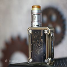 #pharaohmini tank sits flush on Teslacigs #Punk220w . Does #Steampunk style vaping device appeal to you❓ more: http://ht.ly/gKrY30g2MP2